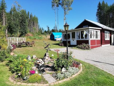 Boende i Fönebo vid Norra Dellen.
