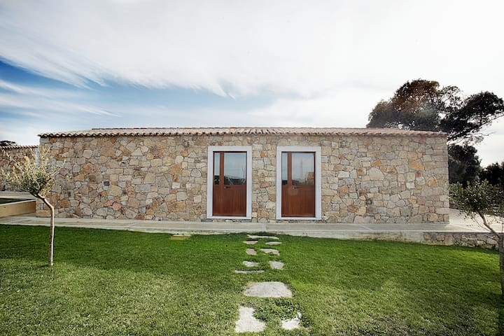 """Country residence """"Elicriso"""" 3.5kms from the coast"""