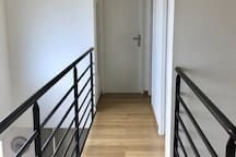 Étage - couloir entre les deux chambres