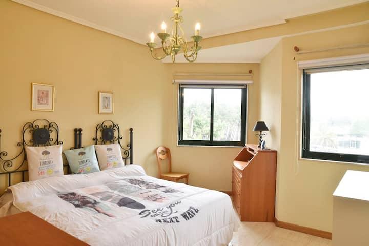 Prescioso apartamento enfrente a la playa samil 2f