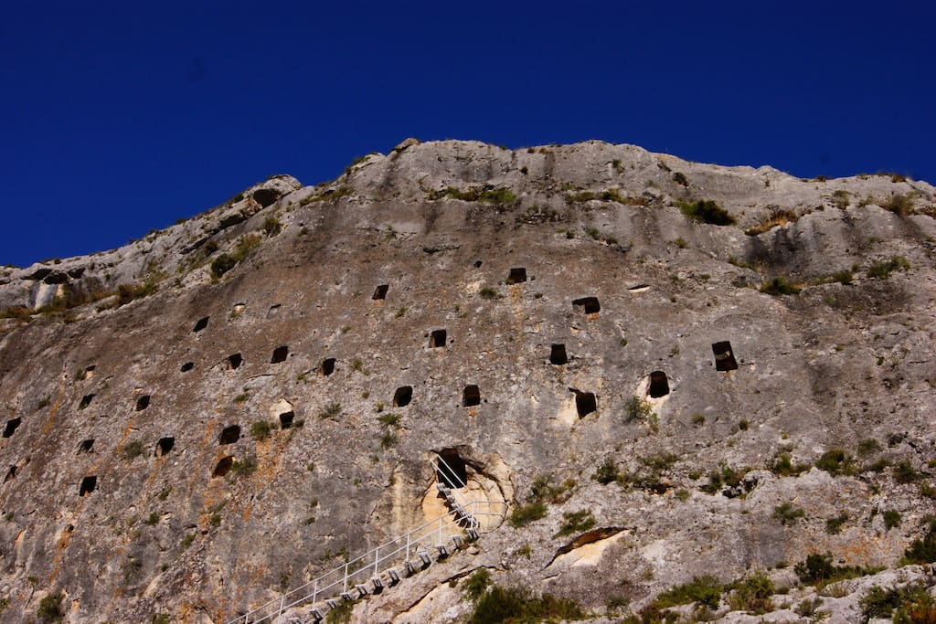 The caves of Bocairent - Les Covetes dels Moros