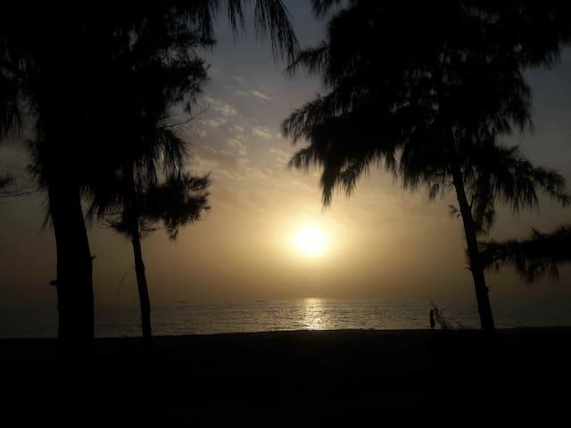 "Entre mer et lagune un ""PARADIS"" - Nianing - Bed & Breakfast"