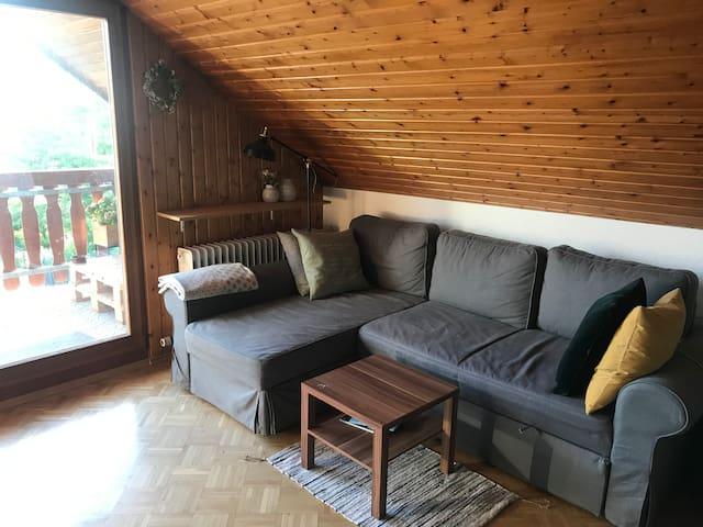 Ruhige Wohnung mit Balkon & toller Aussicht