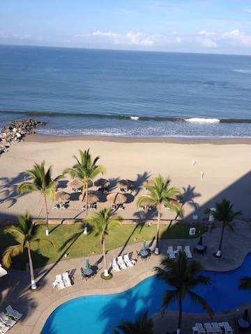 Sayil Penthouse Beachfront in Nuevo Vallarta - Nuevo Vallarta