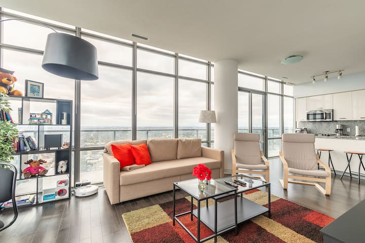 Luxury City View 3 Bedroom Penthouse