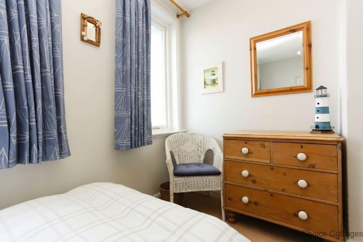 APPLEDORE QUEBEC | 3 Bedrooms - Appledore - Ev