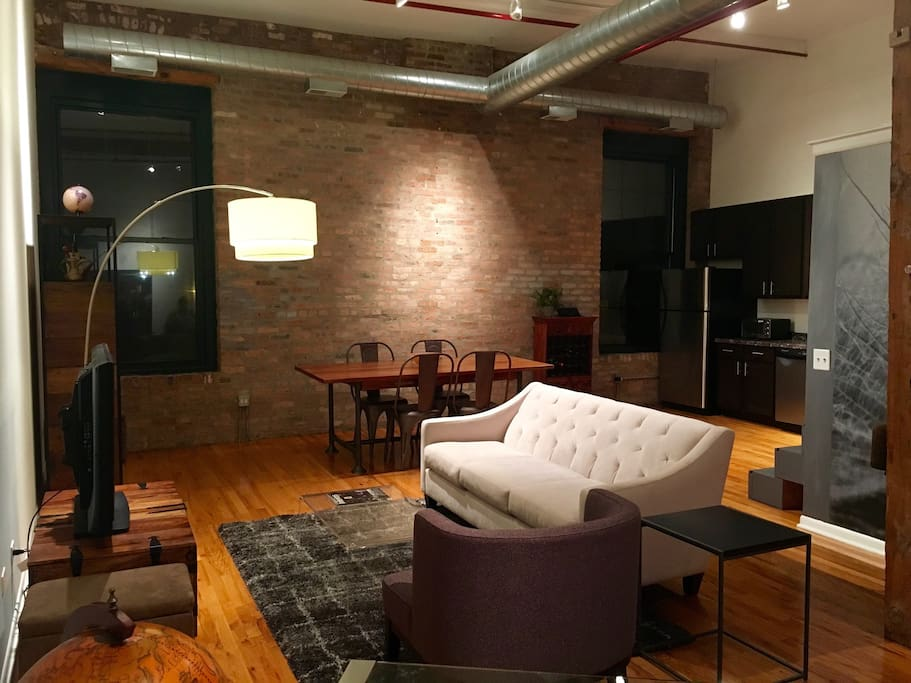 Stunning Downtown Artist Loft West Loop Apartments For Rent In Chicago I