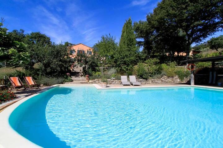 Casale della Toscana with private Swimming Pool