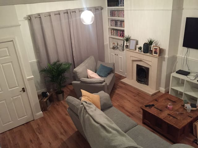 Beautiful family home close to Cardiff Stadiums