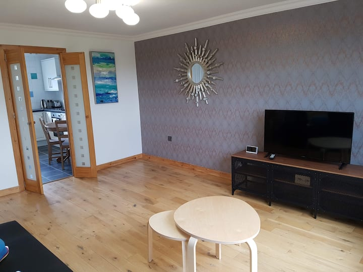 Dragon - Rosemount Apartment 3 Bedroom Home
