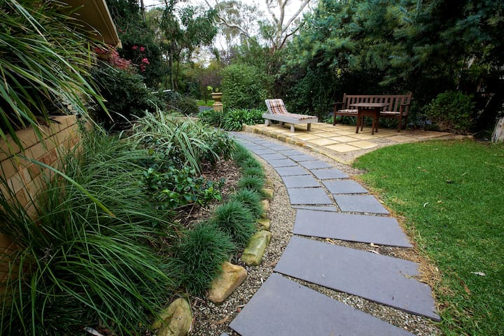 Adelaide Hills Garden Haven! 2 Rms - Blackwood - House