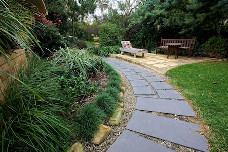 Adelaide Hills Garden Haven! 2 Rms - Blackwood - Hus