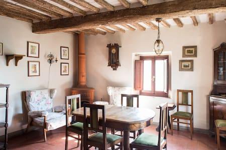 Casale del 500 nel cuore di Toscana - San Rocco - 단독주택
