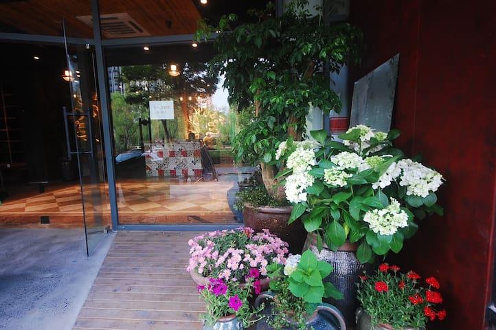 【苏荷】<仅内宾>七宝古镇旁的公寓复式房-家庭
