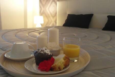 "bed and breakfast  ""La Piazzetta"" - Monreale"