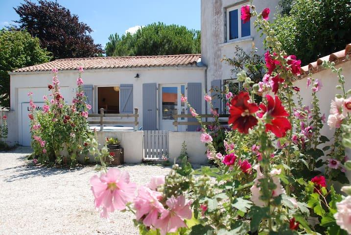 Maison calme 8km de La Rochelle