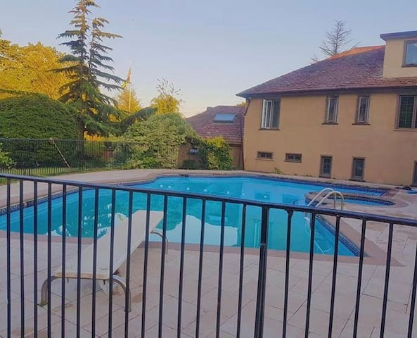 Backyard Venue w/Pool