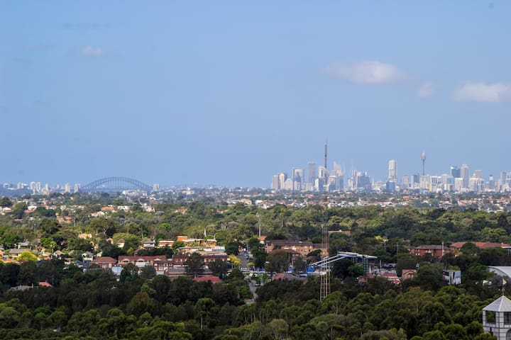 2 Bedrooms on Level 15 Australia Towers - CityView - Sydney Olympic Park - Flat