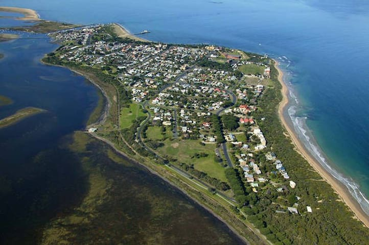 The township of Queenscliff.  We are on an island surrounded by water and beauty in every direction.  Sheer bliss!