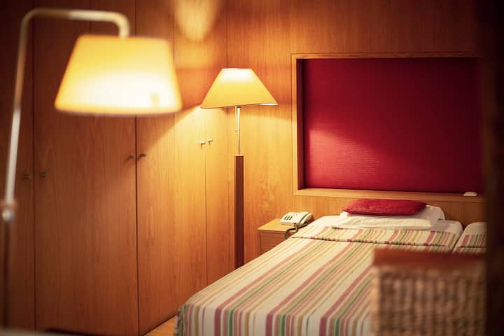 FX Serviced Apartment w/ balcony - Atlântida 2+PAX
