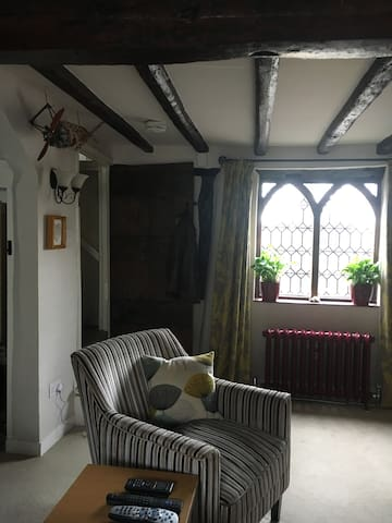 Sitting room showing feature window