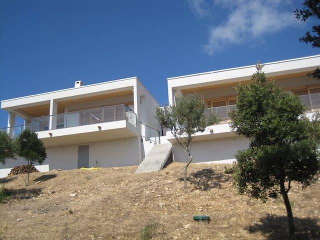 Independent architect villa. - Serra-di-Ferro - House