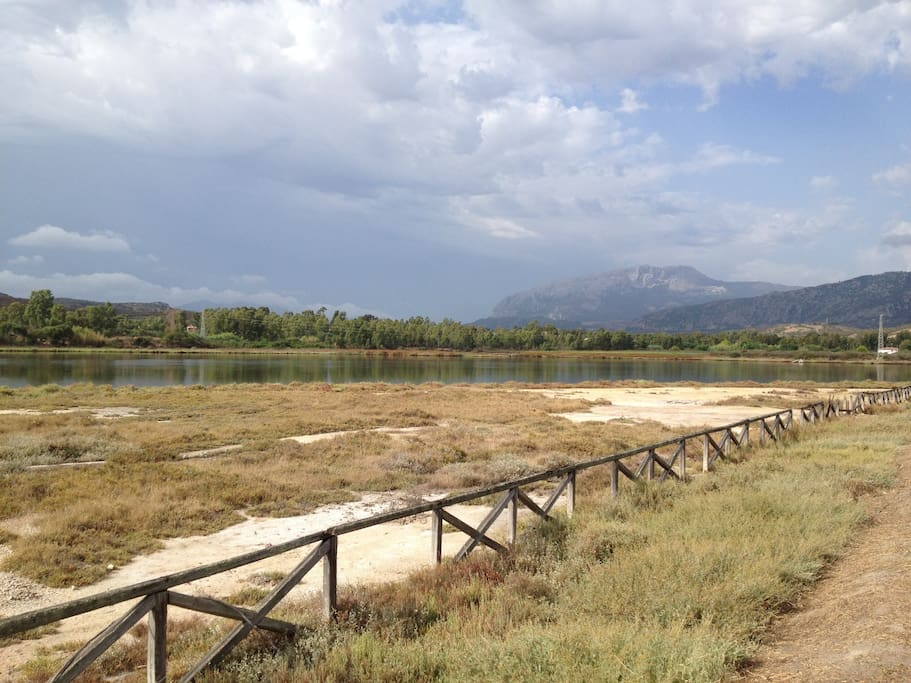 La promenade vers Posada à pied ou à velo, permet de profiter des paysages sauvages.