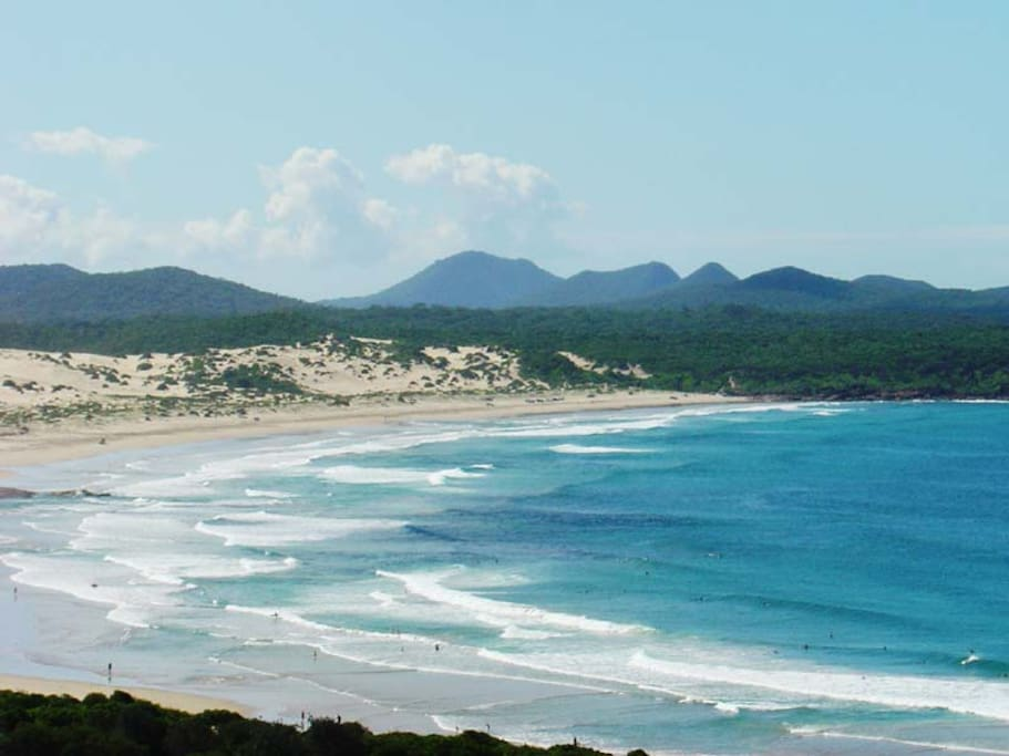 Direct access to One Mile Beach, one of the most spectacular patrolled surf beaches on the coast of New South Wales