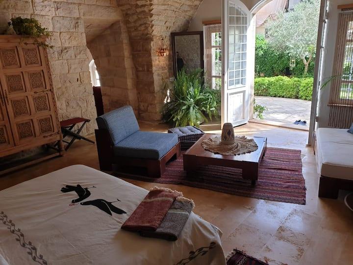 Garden Suite - BEYt El Jabal