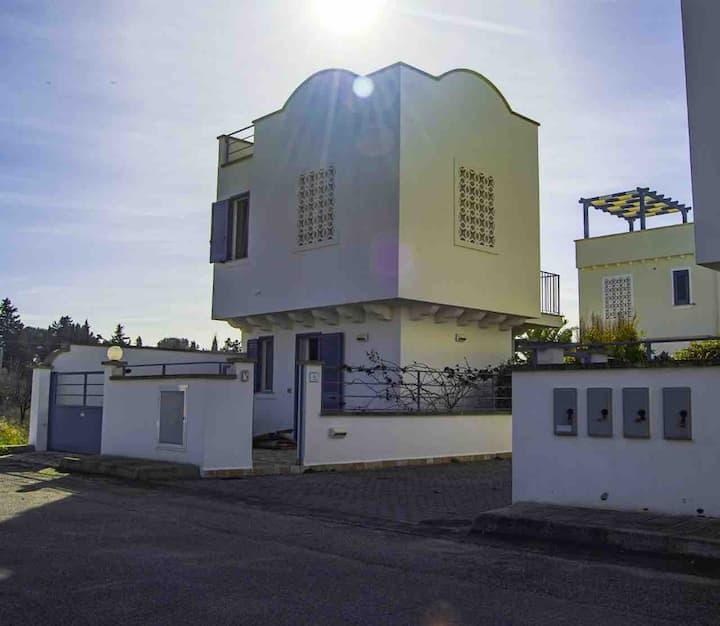 Villino indipendente a 800m dal mare 6 posti letto