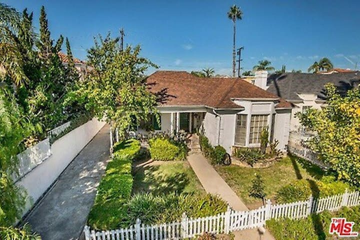 Beverly Hills single family house - Beverly Hills - House