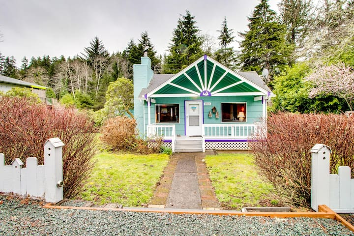 Have a blast at this dog-friendly home--private hot tub included!
