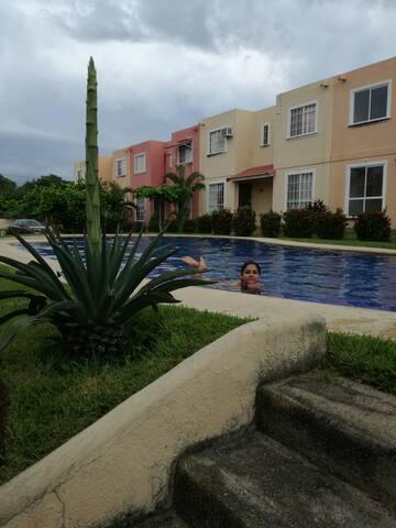 Casa completa en Ixtapa excelente ubicación