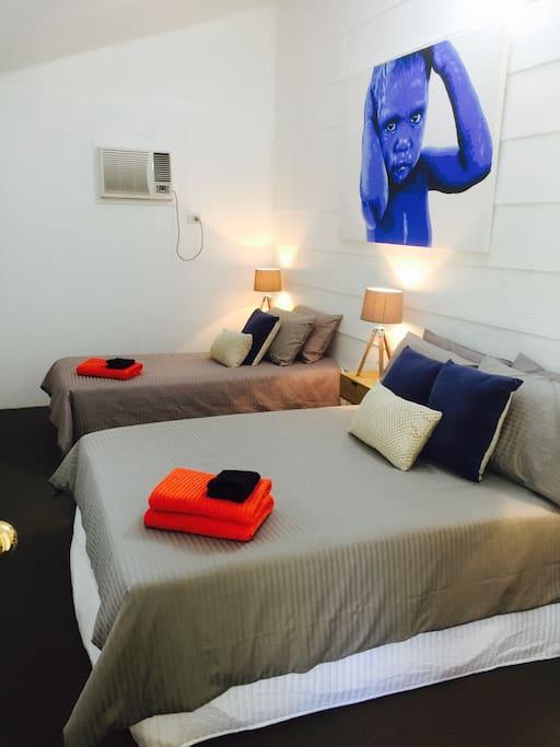 Bedroom 2 (sleeps 3)