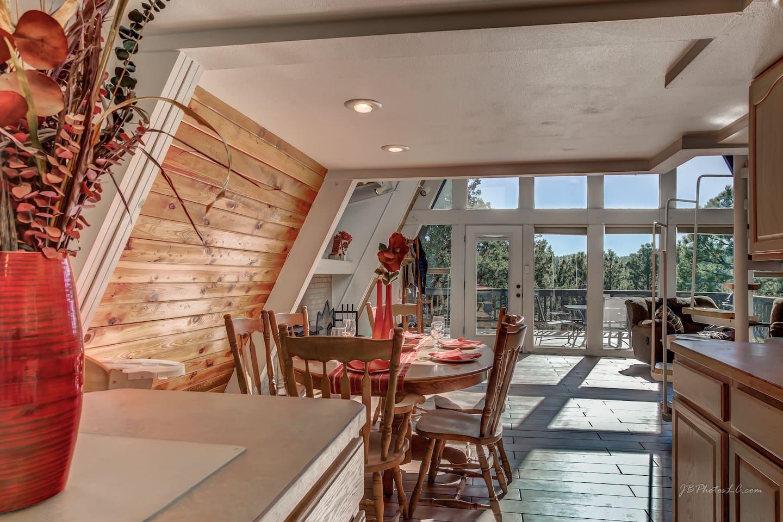 Beautiful indoor-outdoor living!