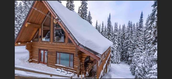 LOOR-U-INN 6+Bedroom Luxury cedar Log Home+Hot tub