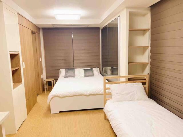 首尔东大门服装市场APM 高档公寓整租oneroom,特价促销
