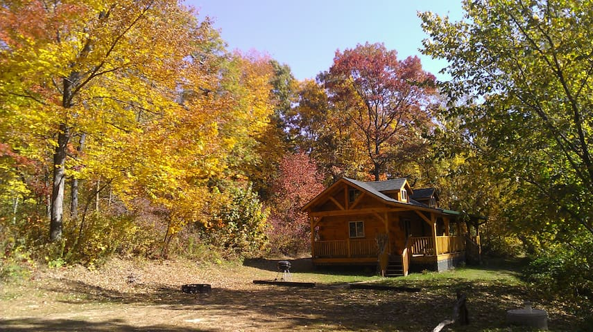 Squirrel Ridge Log Cabin