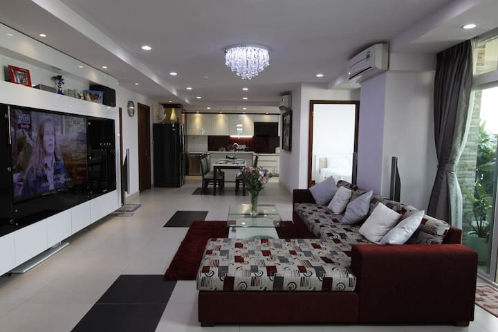 [LeHome] Spacious Apartment in Dist 1 (7B2) - Quận 1 - Appartement