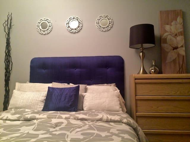 Cozy Quiet Room for Rent - Castlegar - Casa