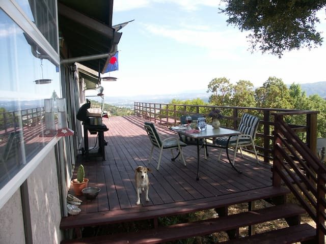 Vista View Ranch, Enjoy Nature ! - Ukiah - Hus
