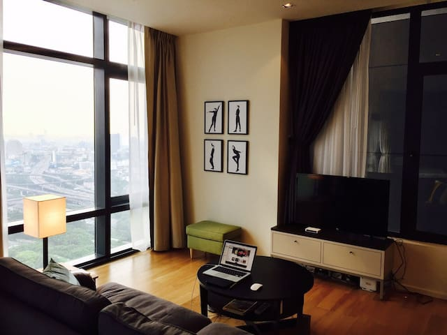 LUXURY,VIEW,WIFI,MRT,AIRPORT LINE,SKY BAR,STYLE - Bangkok
