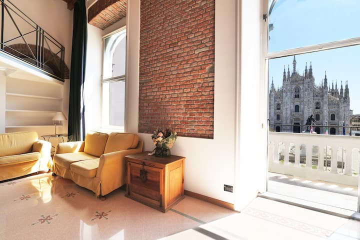 Duomo Cathedral View -  Luxury Apartment