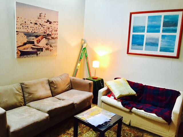 Beautiful sun-lit room in the heart of Newtown - Newtown - Casa
