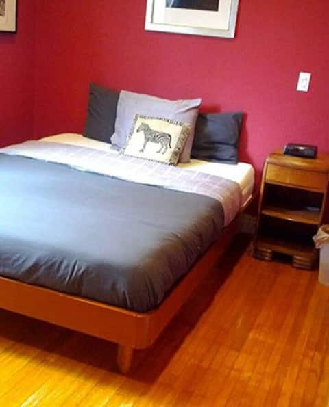 Big & Comfortable Private Room