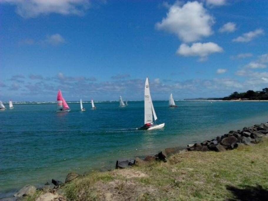 view of inlet with small yachts