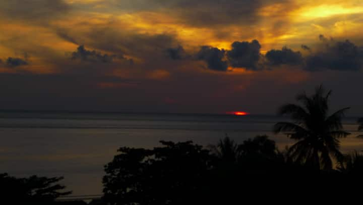 BUKIT INDAH HOMESTAY #1 (with sea view)