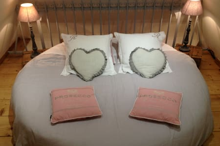Top 20 Bed And Breakfasts Chevresis Monceau Inns And B Bs