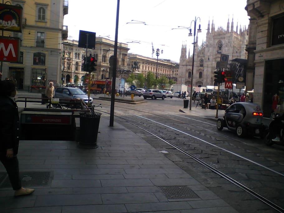 Piazza Duomo, Via torino
