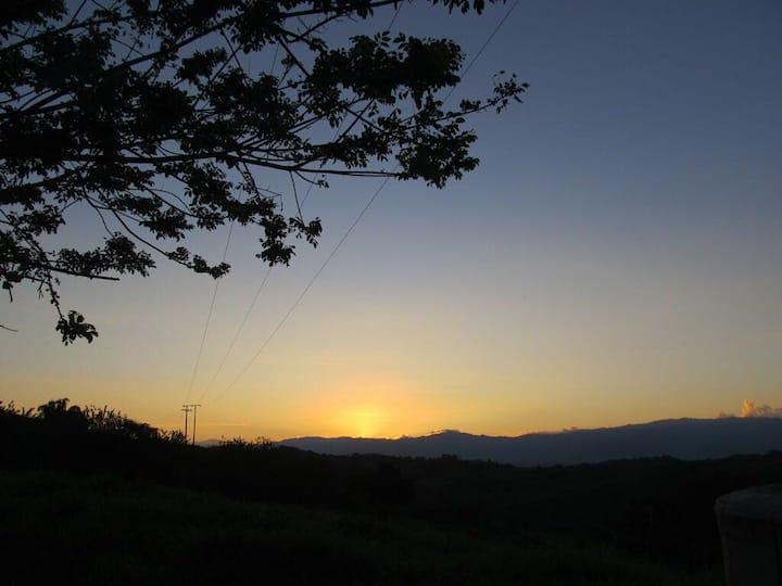 Ven y conoce el paraíso en el Caimo, Quindio!